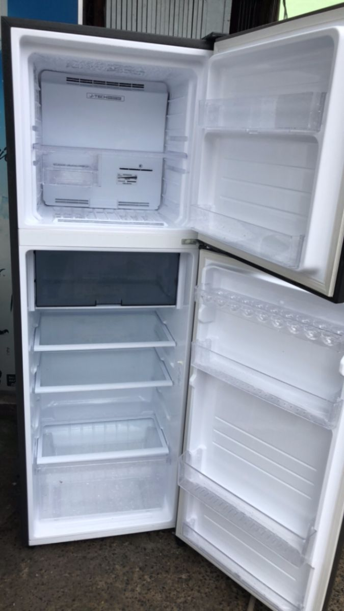 tủ lạnh Sharp giá rẻ