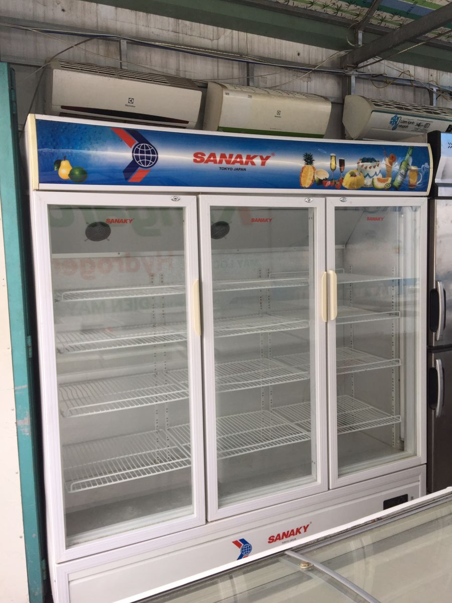 tủ mát Sanaky 3 cánh mở